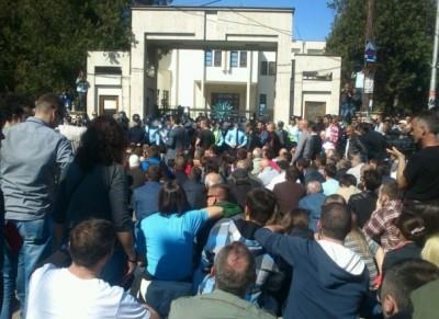 protesta doreheqja prizren